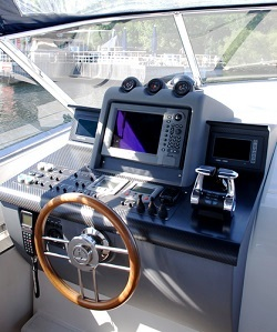 marine-stereo-system-lake-tapps